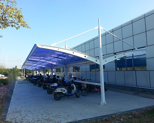 专业生产膜结构车棚